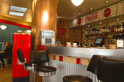 restaurante americano bernies diner barcelona
