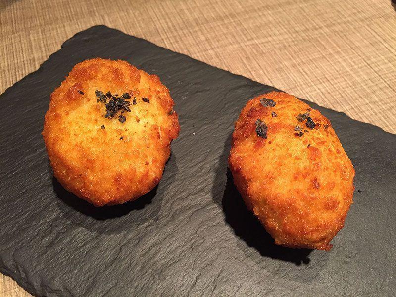 croquetas-caseras-restaurante-gola-taperia-barcelona-21-17-36