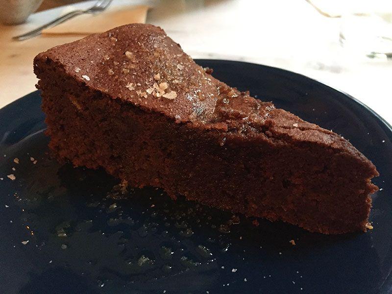 tarta-chocolate-bendita-helena-restaurante-vegetariano-barcelona
